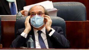 Ángel Gabilondo en la Asamblea de Madrid durante el Pleno especial sobre la gestión de la COVID-19