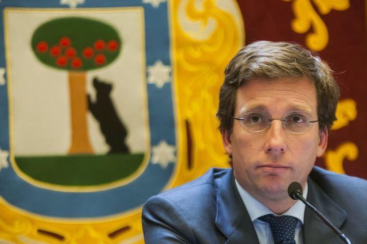 El alcalde confía en que esta semana se ponga fecha a la reunión entre los grupos para reconstruir Madrid