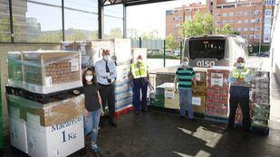 Los empleados de Alsa donan 7.000 kilos de alimentos al Banco de Alimentos de Madrid