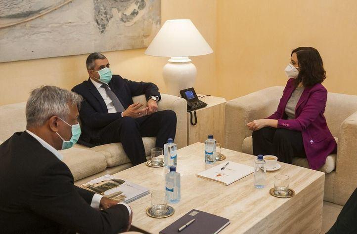 Isabel Díaz Ayuso se ha reunido este viernes con el secretario general de la Organización Mundial del Turismo (OMT), Zurab Pololikashvili.