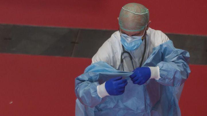 Los contagios y fallecimientos por Covid-19 en sanitarios serán accidente de trabajo