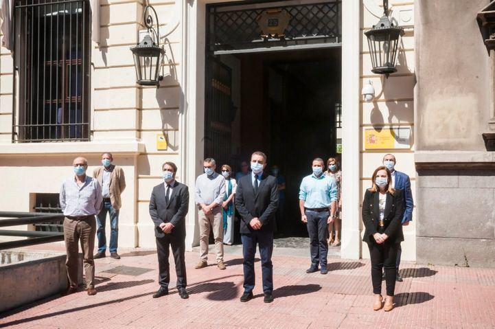 Franco participa en el minuto de silencio por los fallecidos con coronavirus