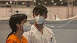 Sanitarios en el Hospital provisional de Ifema en una foto de archivo.