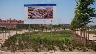 Jardines que rodean el estadio Wanda Metropolitano, en el distrito de San Blas-Canillejas.