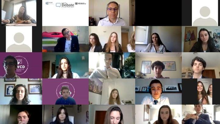 Jóvenes españoles debaten sobre la legitimidad de las medidas de control individualizado para afrontar la Covid-19