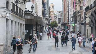 Madrid registra un ligero repunte de nuevos contagios por COVID-19