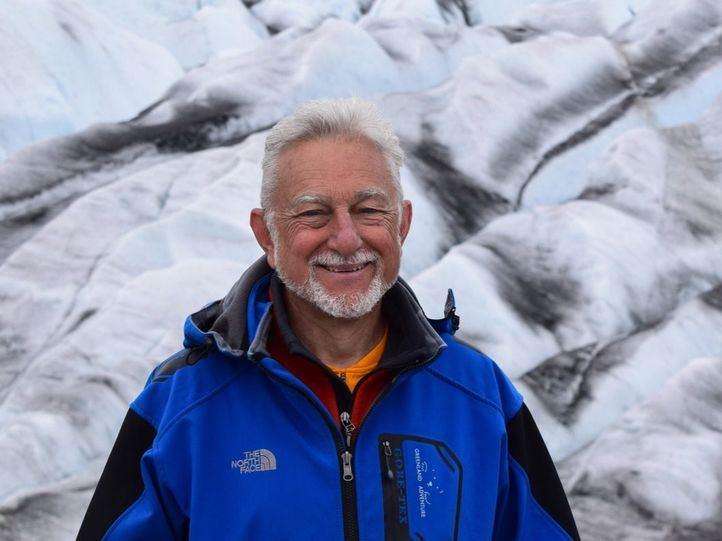 Javier Cacho, científico especializado en temas atmosféricos y escritor.