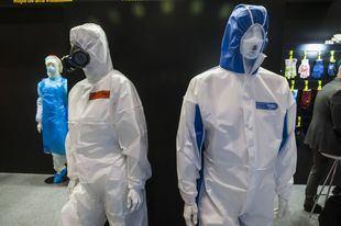 La ropa antivirus, la más importante.