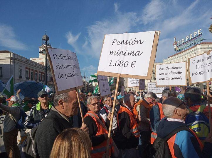 Los pensionistas se concentrarán el miércoles en Sol a la misma hora que el minuto de silencio de Ayuso