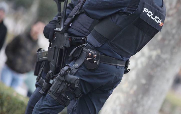 Caen dos bandas lideradas por jóvenes que estafaron 820.000€ a telefonía y bancos