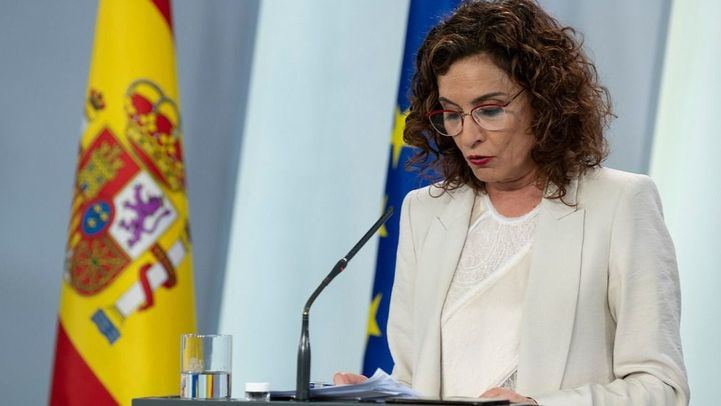 Montero ve probado que no hubo 'injerencia' en el informe sobre el 8-M