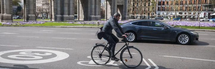 Ciclistas convocan este miércoles una cadena en Recoletos