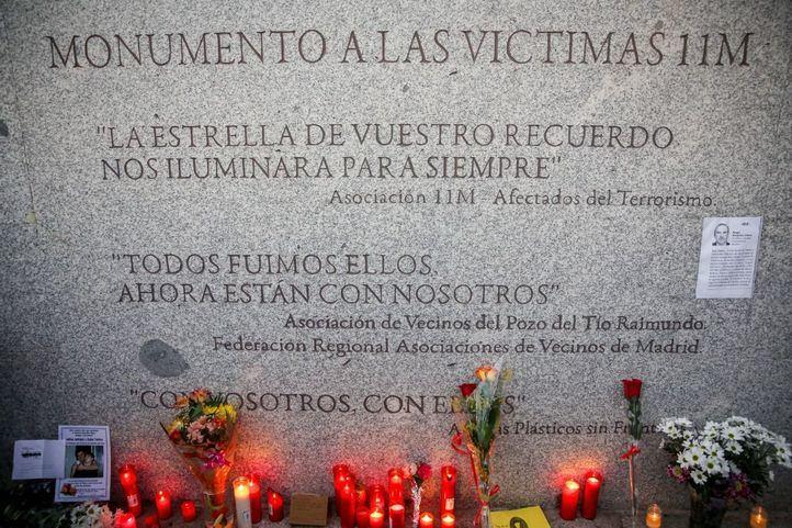 Imagen del monumento en recuerdo a las víctimas del 11M en el Pozo.