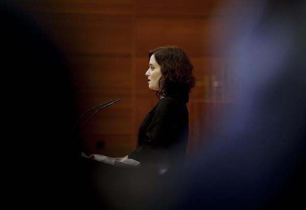 Isabel Díaz Ayuso durante el Pleno especial de la Asamblea por la crisis sanitaria del Covid-19