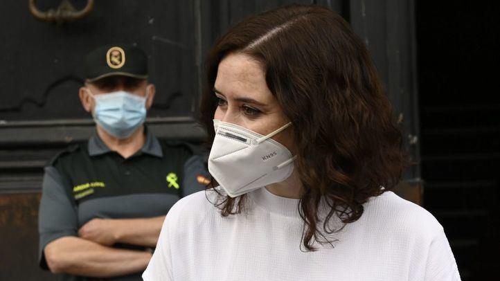 Un juez se inhibe al Supremo de la querella contra Ayuso por 'no evitar la propagación del virus' en las residencias