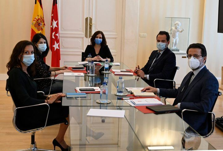 El Gobierno de la Comunidad de Madrid se reúne con Unidas Podemos para dialogar sobre la reconstrucción