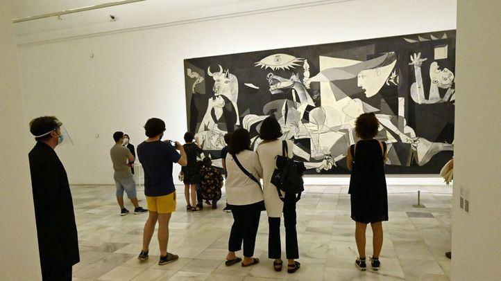 El Museo Reina Sofía es una de las tres grandes pinacotecas de Madrid que ha recibido a sus primeros visitantes este sábado