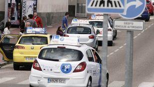 Las autoescuelas madrileñas reabren con cambios y 35.000 exámenes pendientes
