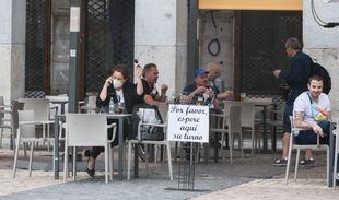Un tercio de denuncias a terrazas fue por tener más mesas de las autorizadas