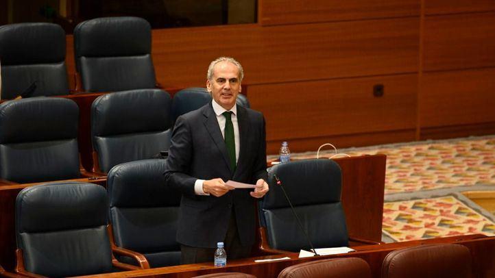 Ruiz Escudero se defiende en la Asamblea y tacha de