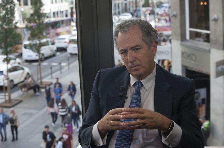 Ossorio asegura que si el Real Decreto-ley fija una distancia de 1,5 metros 'Madrid lo cumplirá'