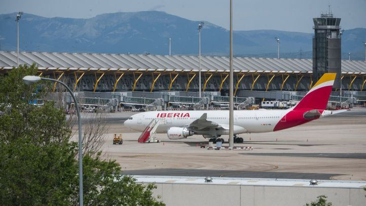 Madrid pide limitaciones ante la reapertura de aeropuertos