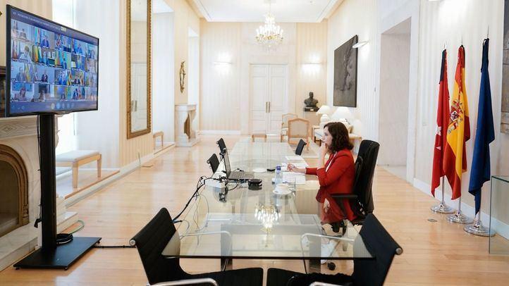 Díaz Ayuso pide a Sánchez medidas concretas para el Aeropuerto de Barajas