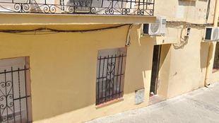 Un policía fuera de servicio detiene a dos hombres tras un 'vuelco' de drogas en un piso de Fuencarral