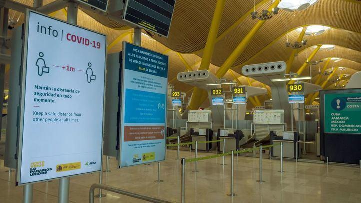Madrid pide que los turistas reciban un sms con el teléfono de atención COVID