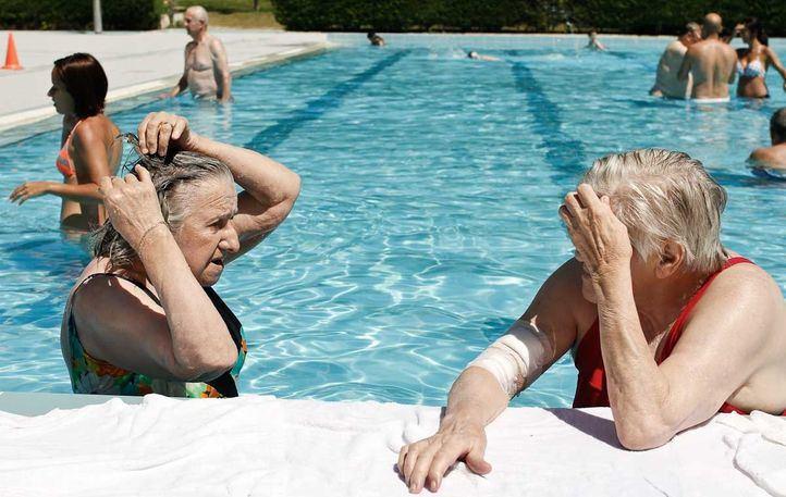 Turnos, restricciones y entradas on line en las piscinas