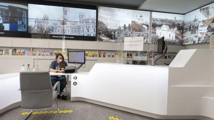 La oficina de turismo de la Plaza Mayor es la primera que cuenta con un sello que certifica la seguridad y falta de riesgo en la utilización de sus instalaciones.