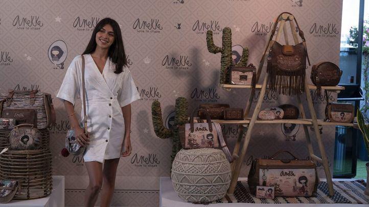 Lucía Rivera presenta su nueva colección de bolsos Anekke