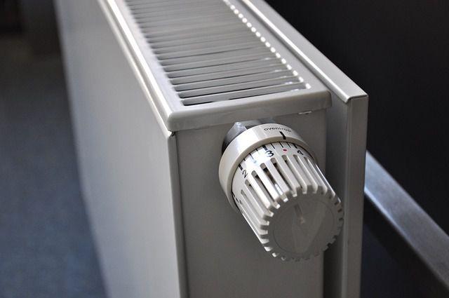 Cómo purgar un radiador explicado paso a paso