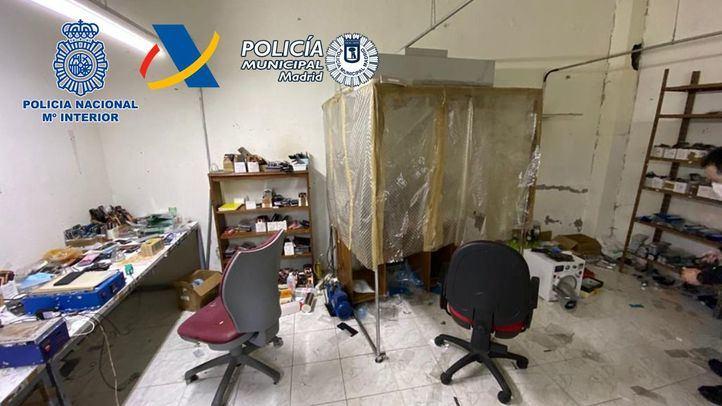 Desmantelados tres talleres clandestinos