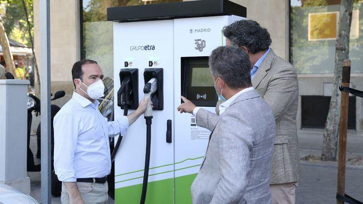 Madrid suma 45 puntos de recarga rápida eléctrica y 108 de recarga lenta