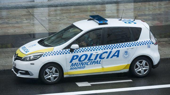 Dos detenidos por robo con fuerza en un coche