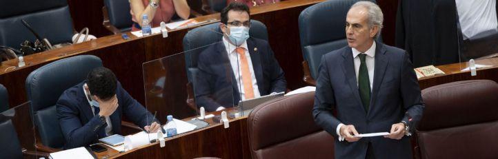 Ruiz Escudero defiende su gestión de las residencias ante la Asamblea