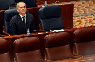 La Asamblea de Madrid vota en contra de reprobar a Escudero
