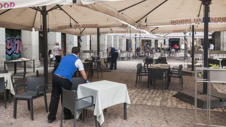 Más de 3.000 terrazas, sancionadas en la capital desde el 25 de mayo