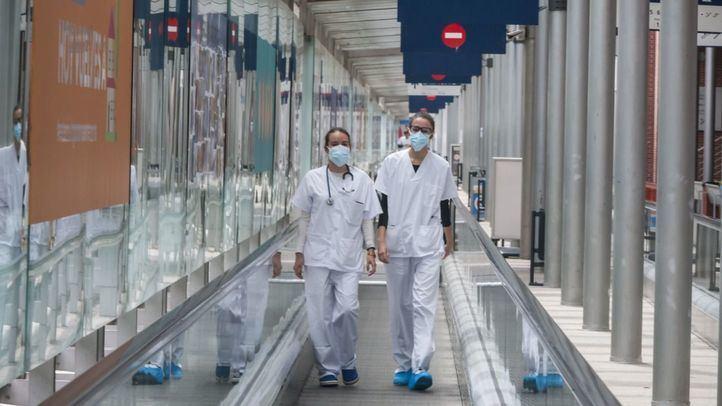 Médicos en el hospital provisional de Ifema.
