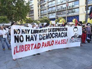 Una concentración en Madrid pide la libertad del rapero Pablo Hasel