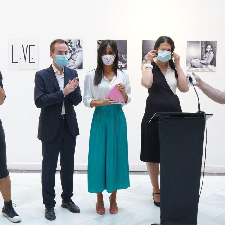 Begoña Villacís en la inauguración de la exposición 'Love'