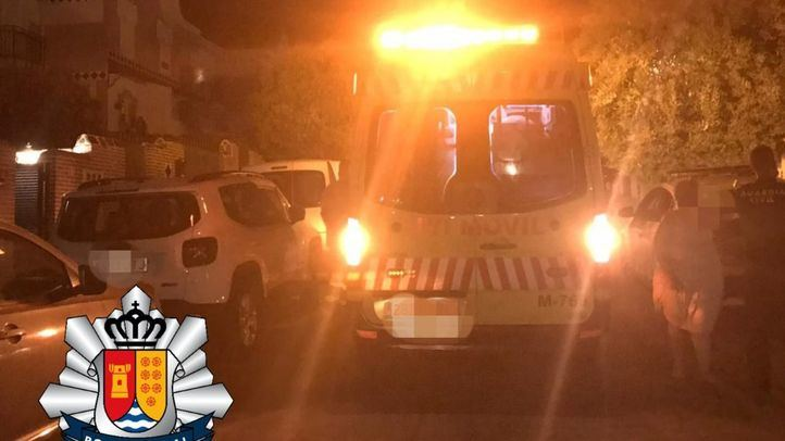 Agentes de la Policía Local de Arroyomolinos salvan la vida de un bebé de un mes que estaba atragantándose