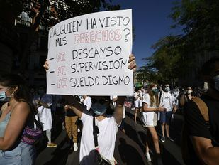 La oposición critica que la Comunidad no negocie con los MIR en una huelga con un 44% de seguimiento