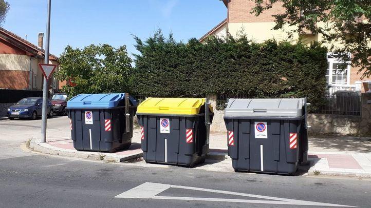 Valoriza renueva los contenedores de papel y cartón de Collado Villalba