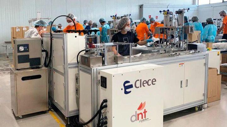 Clece, primera empresa en España con capacidad de autoabastecerse de mascarillas