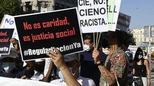Colectivos de migrantes se movilizan por su regularización