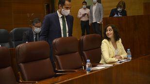 Madrid espera a su reunión con Sanidad para abordar el uso obligatorio de mascarillas