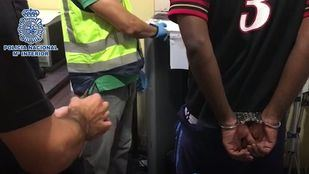 Detención de los individuos que trataban de robar en una vivienda