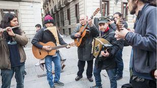 Músicos callejeros en una imagen de archivo